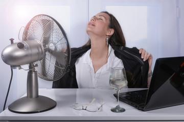 光熱費の5割は空調⁉光熱費を削減するための3つの考え方